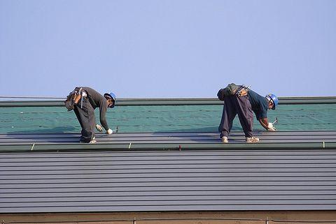屋根の断熱工事中